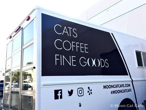 Moon Cat Cafe van