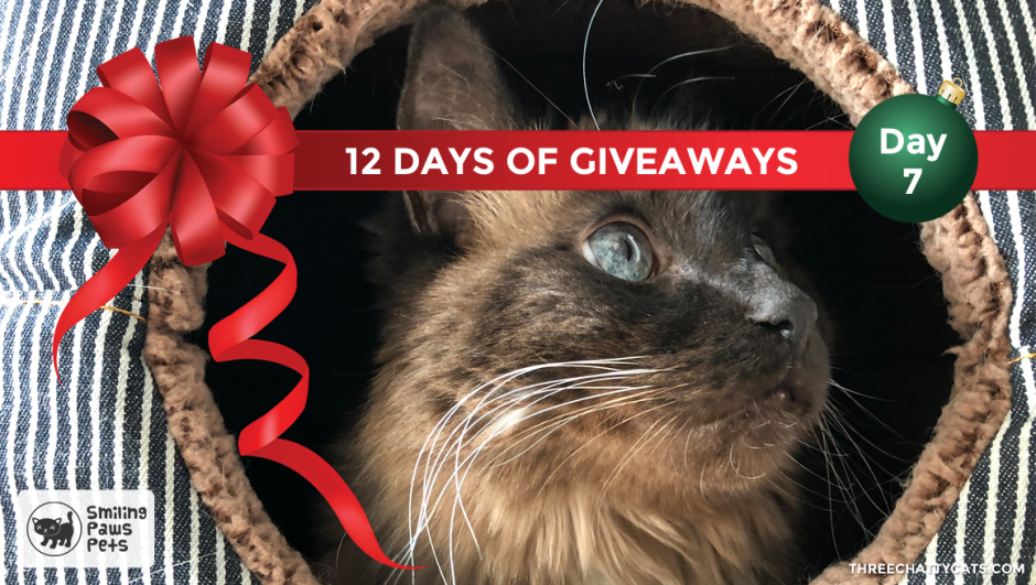 Smiling Paws Pets | 12 Days of Giveaways