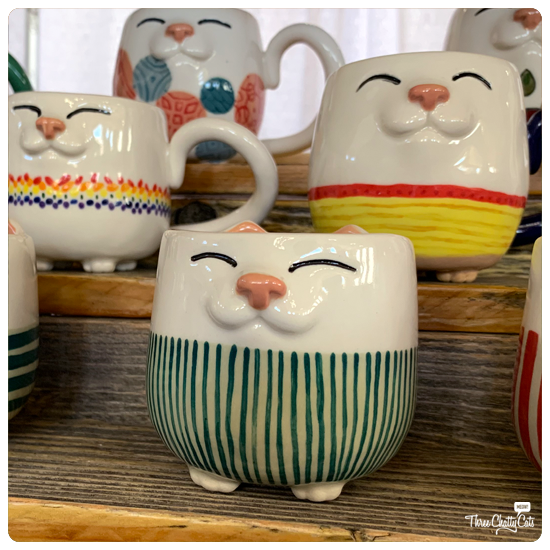 handmade cat mugs at CatCon2019 | HappyKittyCeramics on Etsy
