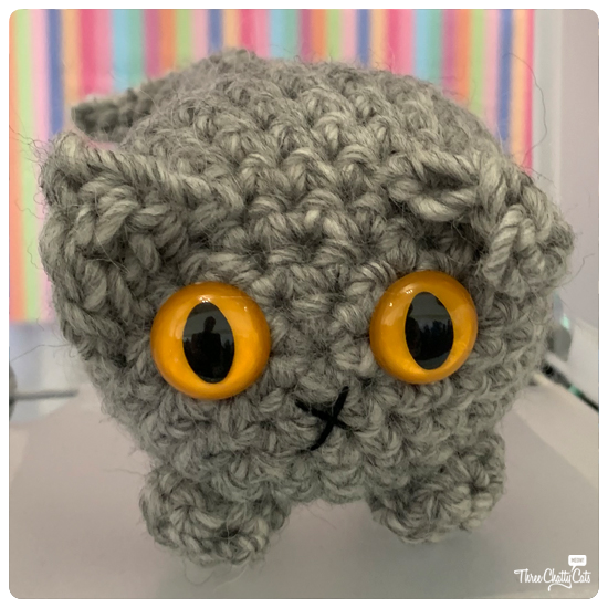 knitted cat from dorklandia on Etsy at CatCon 2019