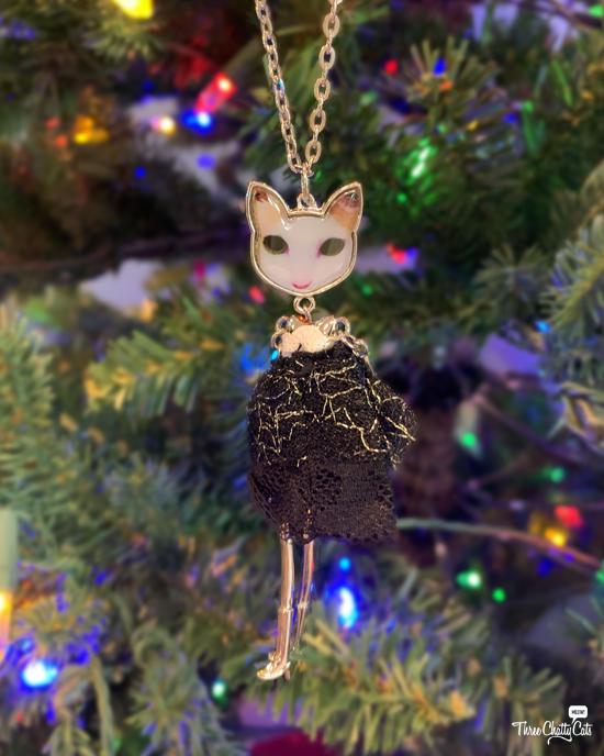unique cat necklace